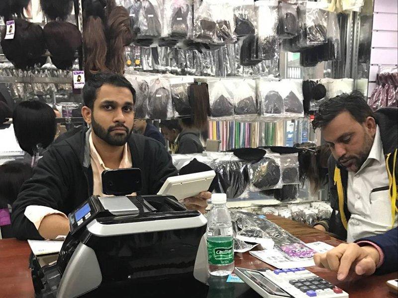 Customer negotiation of custom service